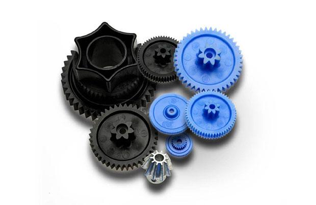 como-medir-piezas-de-inyeccion-de-plastico-con-maquina-de-vision-Mitutoyo