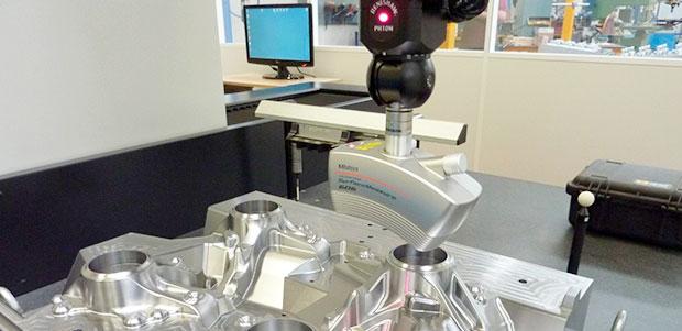 escaner-3d-surface-measure-integrado-en-maquina-tridimensional-mitutoyo-en-umbor